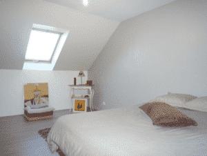 Combles aménagés : une chambre d\'amis - Aménagement de combles par ...